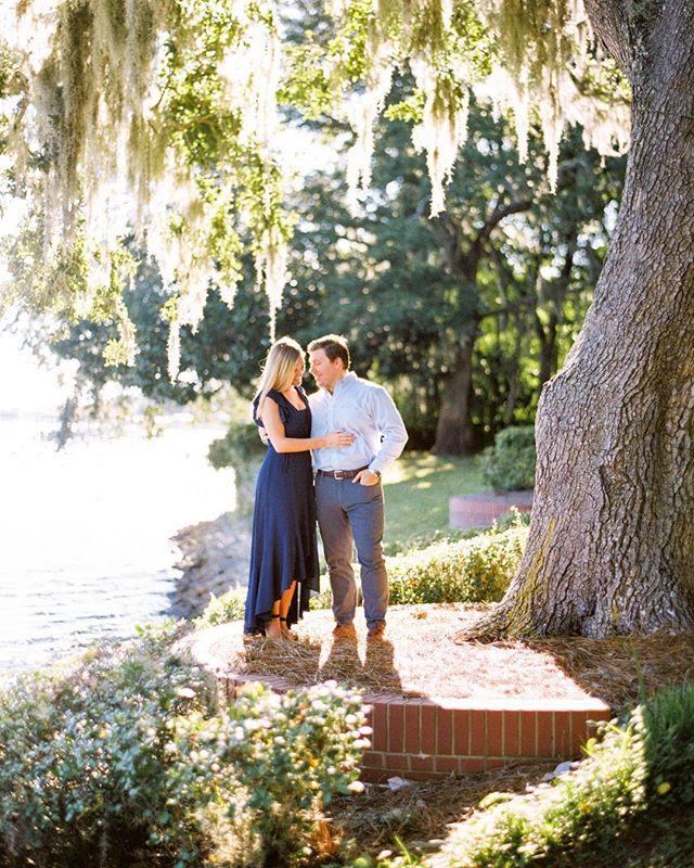 Beautiful light, beautiful couple, beautiful personalities. ❤️❤️❤️ Recipe for beautiful photos.  @stephgrovesw