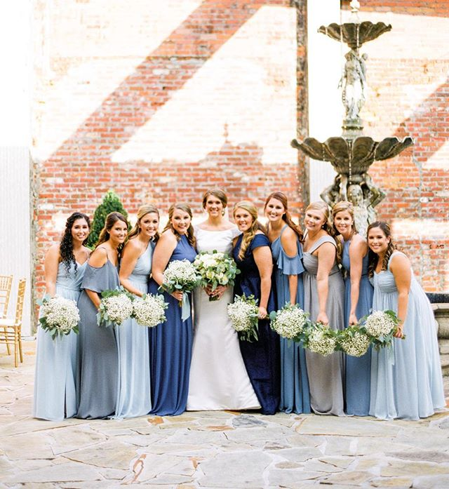 Lovely bridesmaids, just lovin on their gorgeous bride! ❤️❤️❤️ @kholtwareagle // Planning: @lavish.engagements // Venue: @thegrandonfoster // Videography: @jeffbushvideography