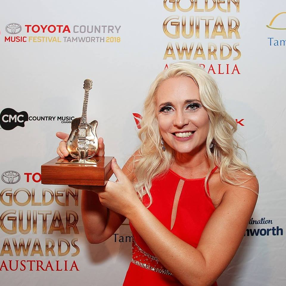 Aleyce Simmonds - Golden Guitar Award 2017 - Female Artist of the Year