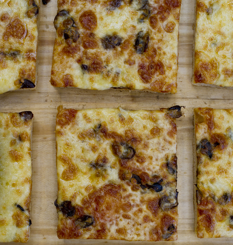 Pizza tray £2.50 per slice