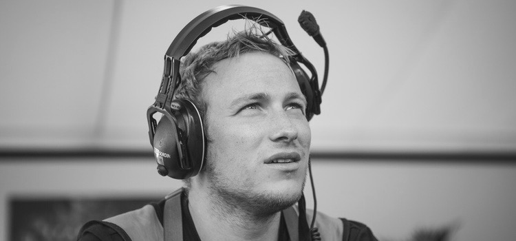 WILL GLOVER  Founder / Drone Pilot  Will is lead pilot for Fleye. Since establishing Fleye in 2013, Will has worked for clients from around the world.  e: will.glover@fleye.co.uk