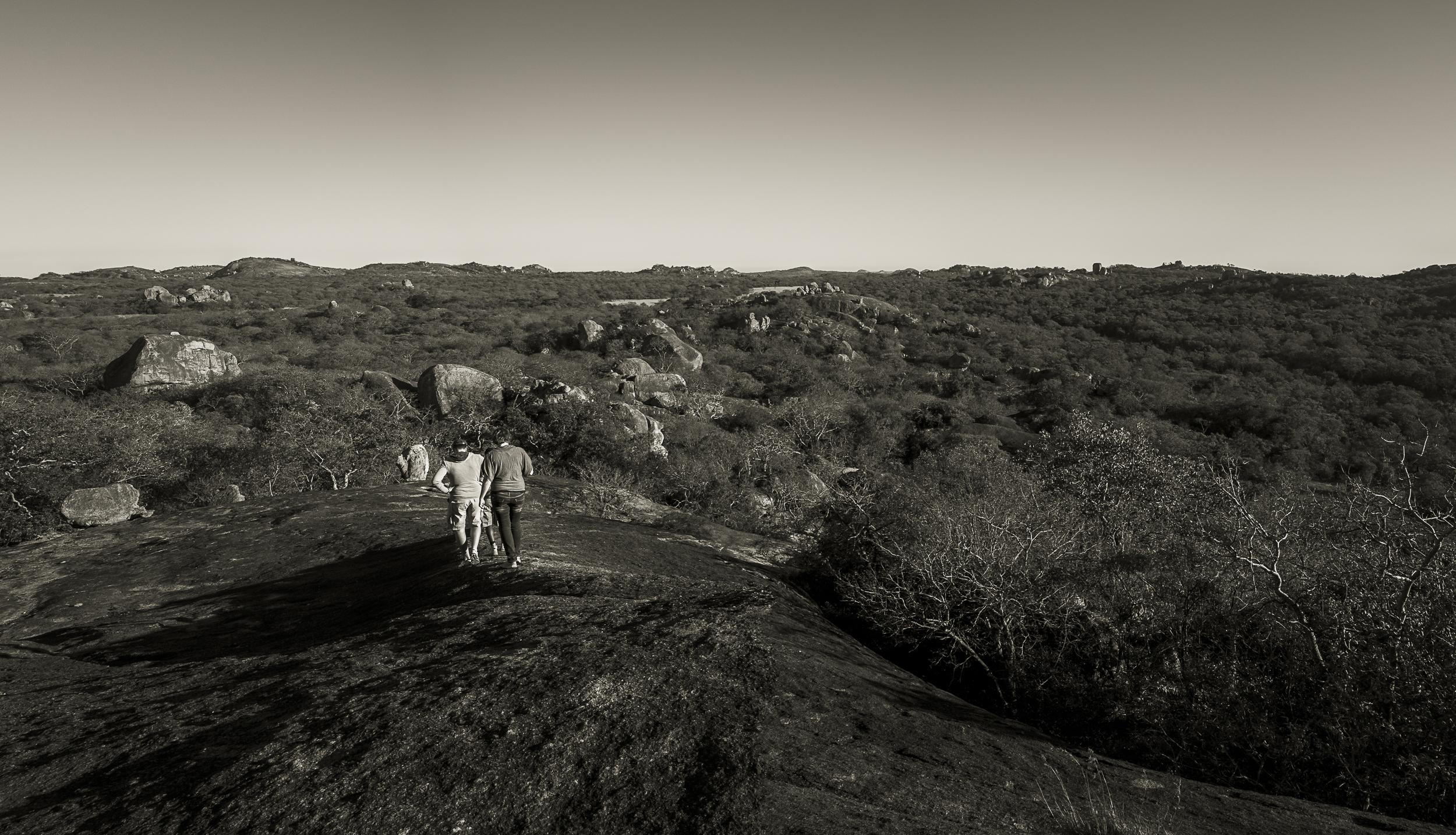 Wandeling op het uitgestrekte gebied van Big Cave Camp