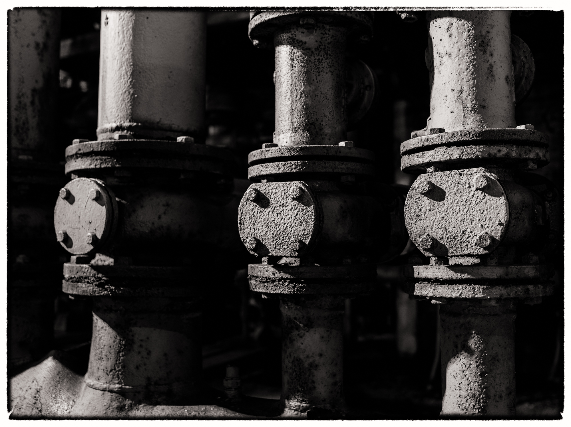 Close-up van oude leidingen