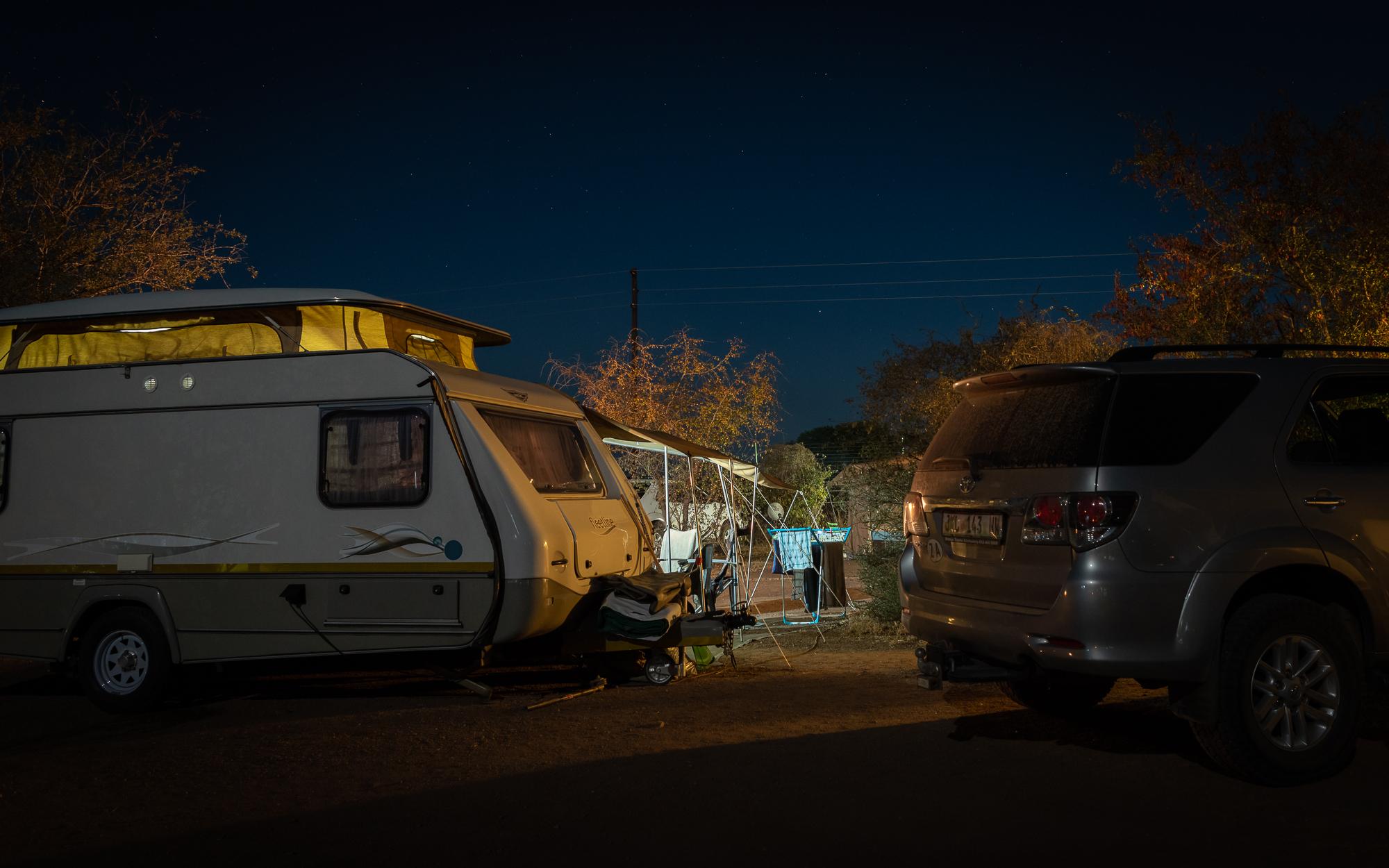 Een gemiddelde kampeerplaats. Satara rest camp, Kruger