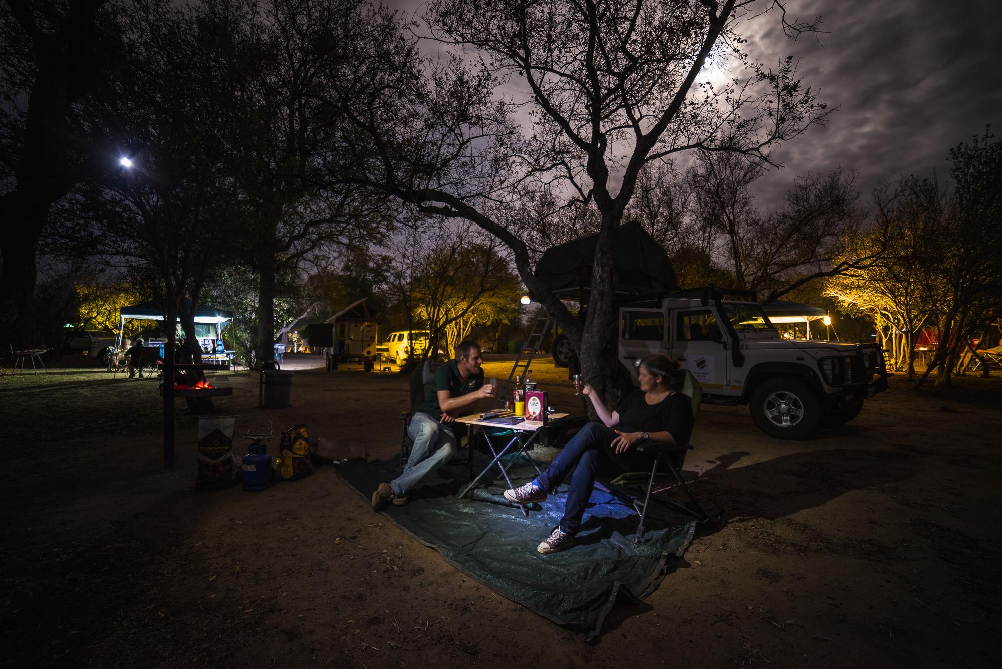 Een avond in het kleinere Orpen kamp, Kruger.