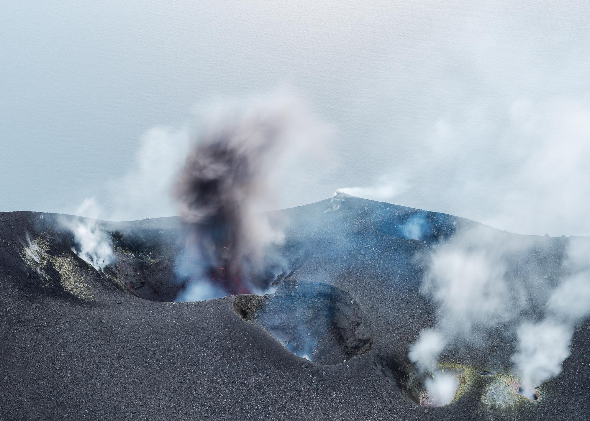 Een eruptie van as