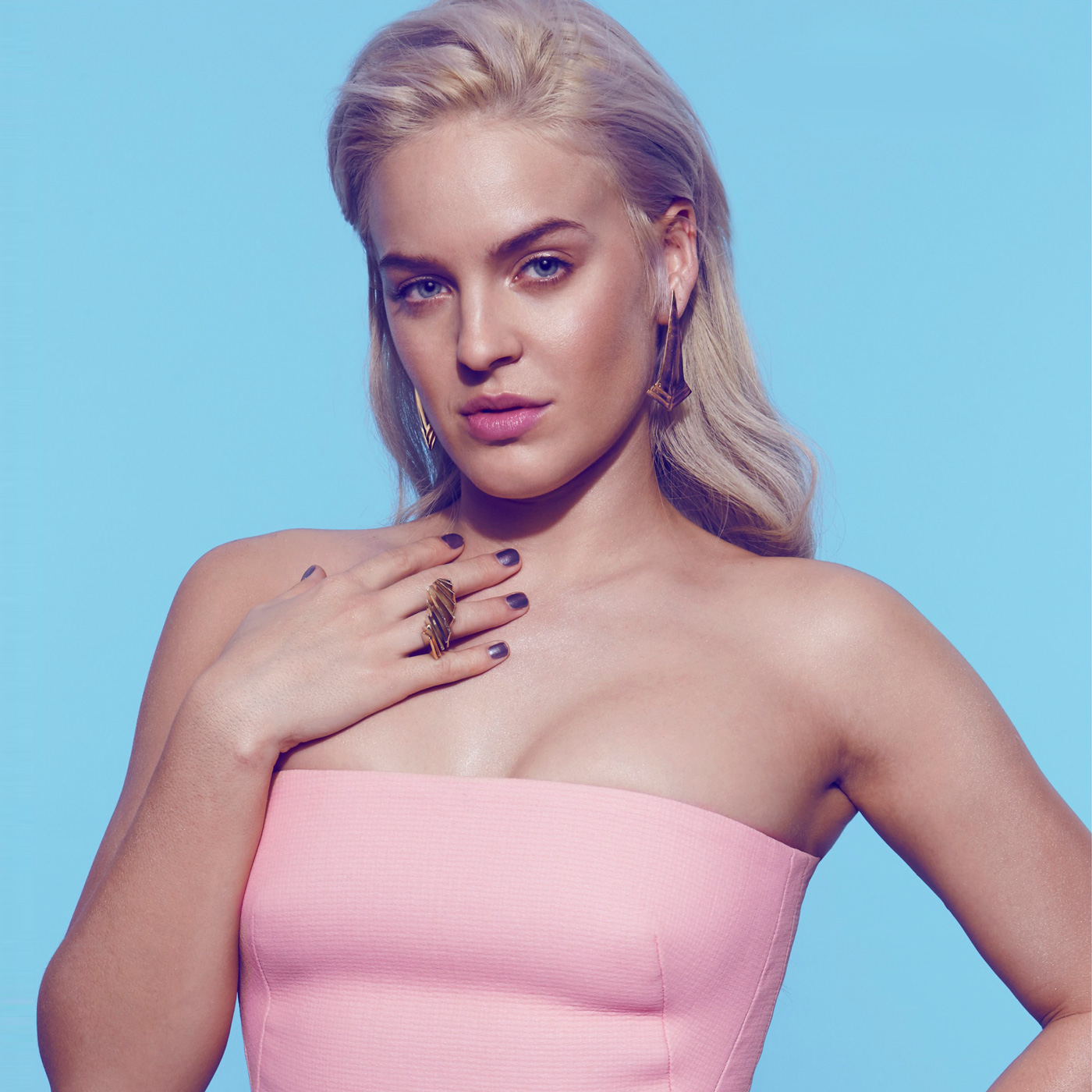Interview: Anne-Marie