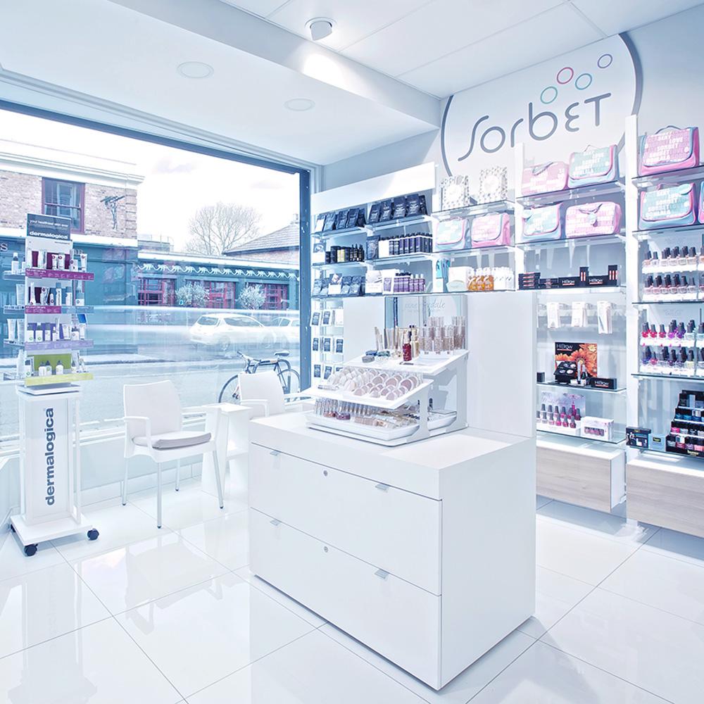 Counter Intelligence: Summer Beauty Trends