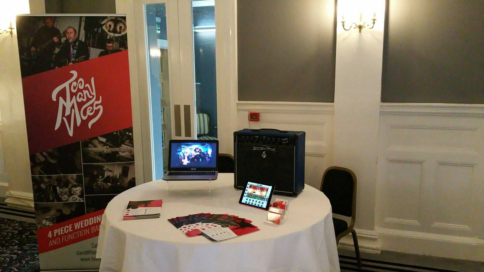 Greenock Wedding Band - Tontine Hotel Stand