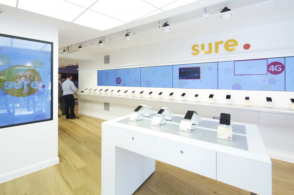 New revolutionary store utilises digital sigange.