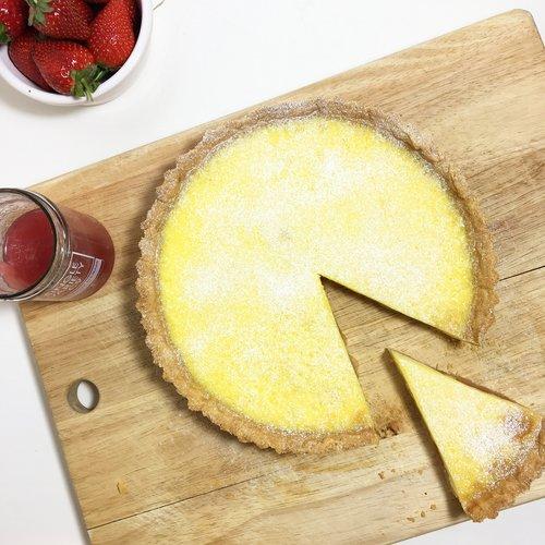 rhubarb+&+custard+tart.jpeg
