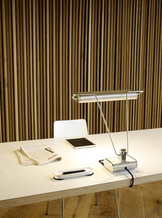 ad34 Bauhaus desk light from Tecnolumen