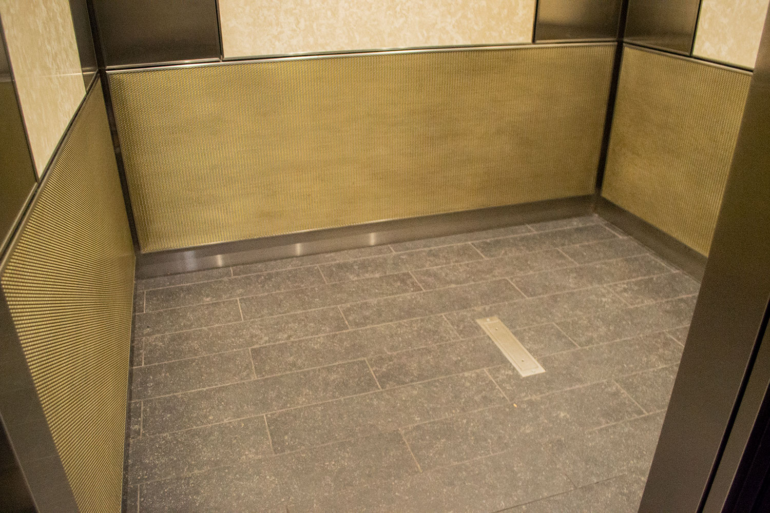 142 west 36th Street | united cabs, inc.