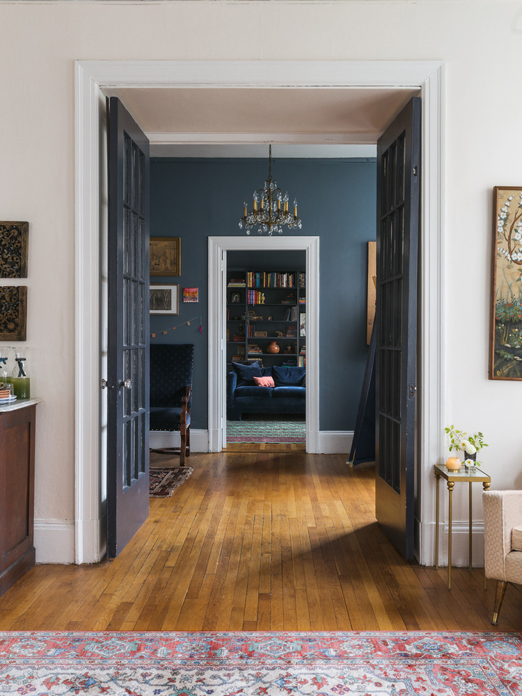 a-rare-look-inside-a-home-in-nyc-s-most-exclusive-neighborhood-5a1c8f8422e9090844bfa5c4-w1000_h1000.jpg