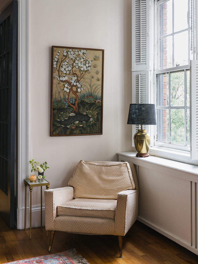 a-rare-look-inside-a-home-in-nyc-s-most-exclusive-neighborhood-5a1c8f8422e9090844bfa5c5-w1000_h1000.jpg