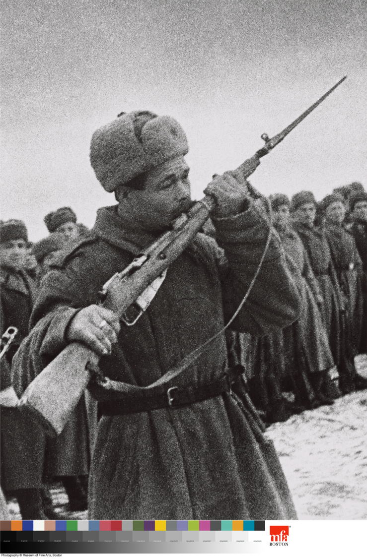 Red Army soldier receiving his weapon (m.1944 Carbine). Source: Mark Markov-Grinberg, The Oath of War © 1943 Museum of Fine Arts, Boston.