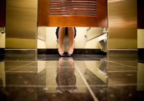 0414_bathroom-stall-embarrassing_485x340.jpeg