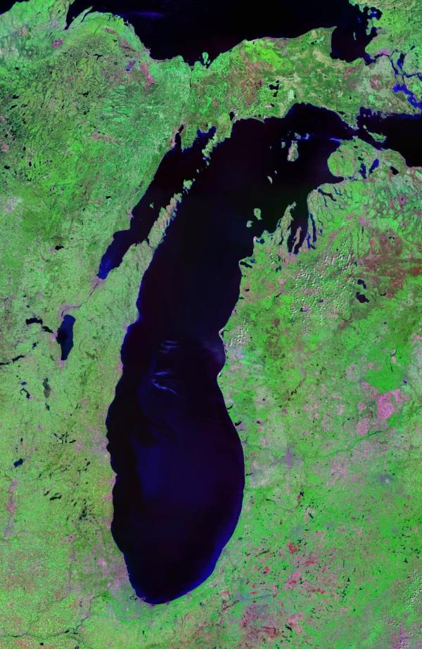 lake_michigan_landsat_satellite_photo1.jpg