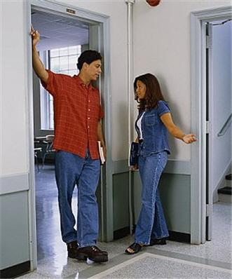 319-arm_on_doorway.jpg