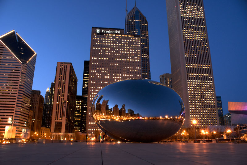 8dda3-chicago-anchor-millennium-bean-evening-skyline-full.jpg