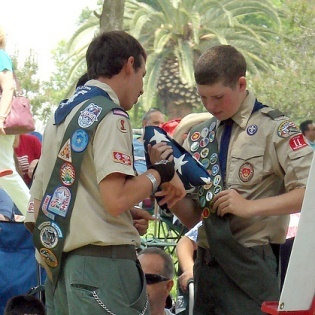 president-obama-says-boy-scouts-should-let-in-gay-members.jpeg