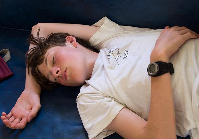 sleeping-teenager.jpg