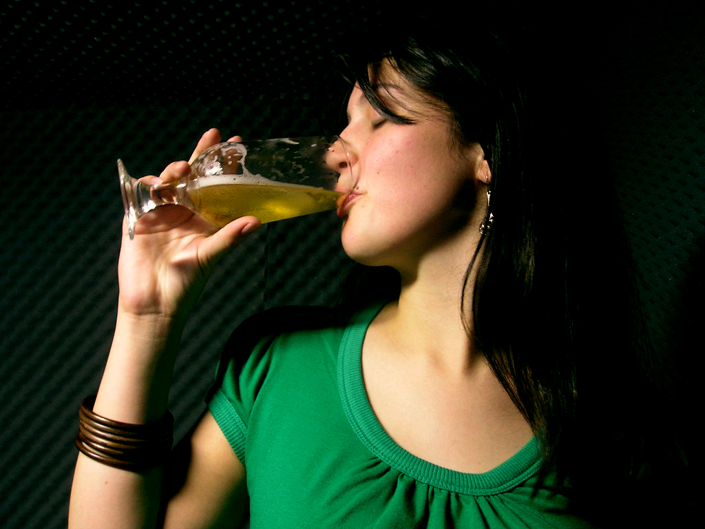 girl-drinking.jpg