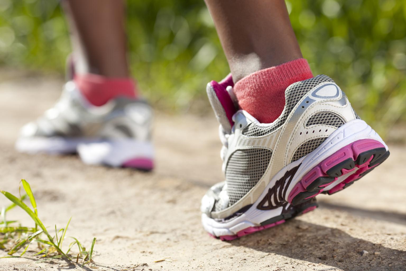 jogging-feet.jpg