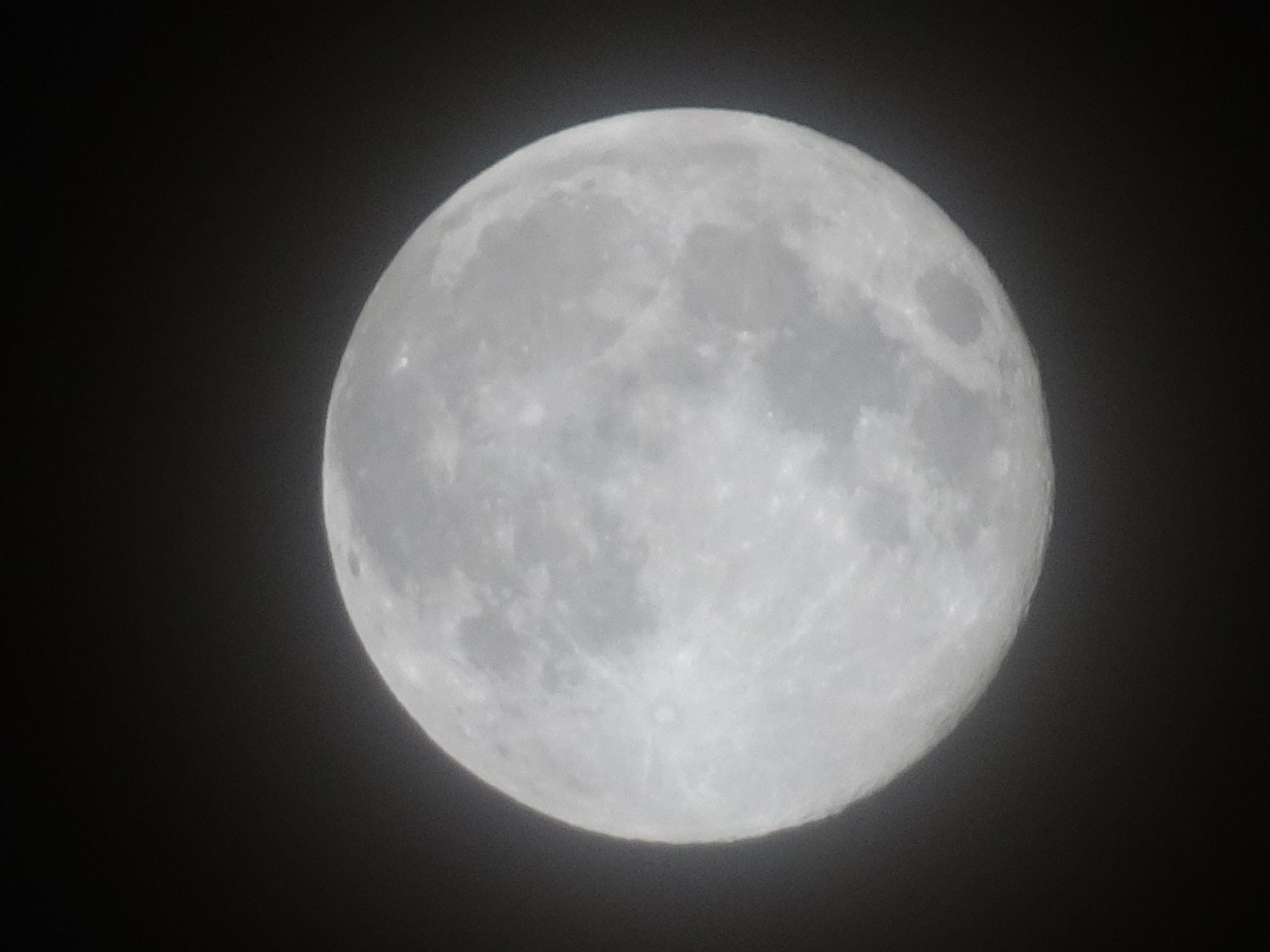 Full moon outside of Mission Hospital 5/29/18