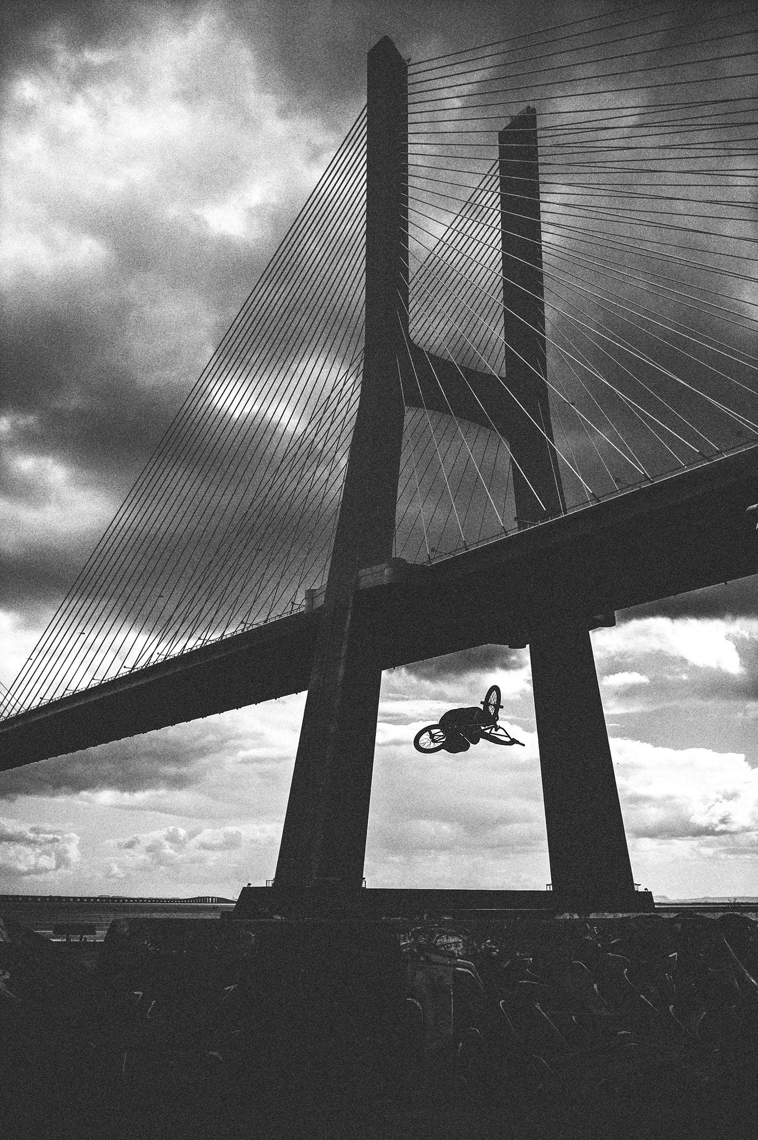 Phil Martin for DIG BMX Magazine - Lisbon, Portugal