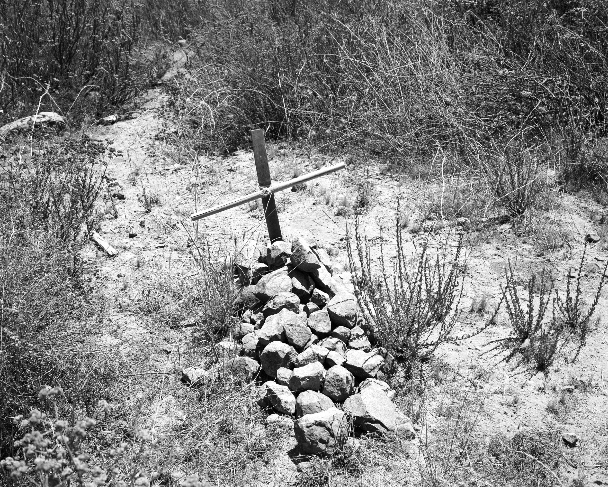 Border Grave , 2016