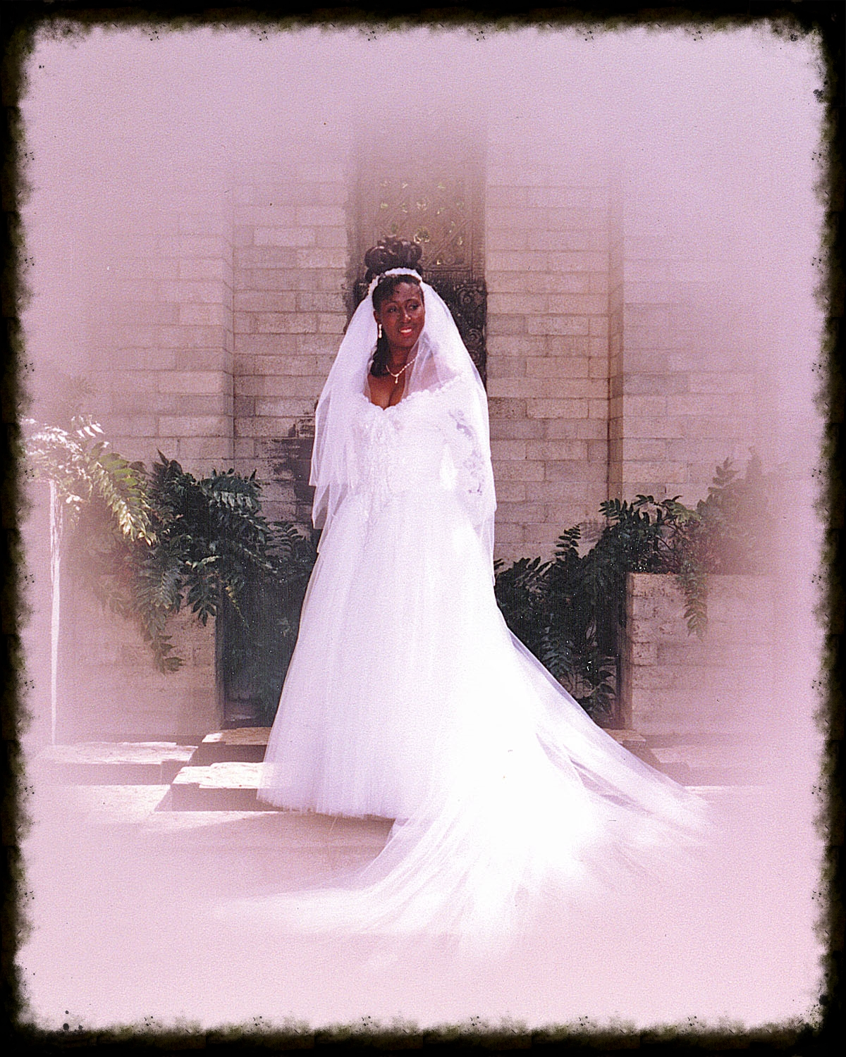 bridal portrait-special fx copy.jpg