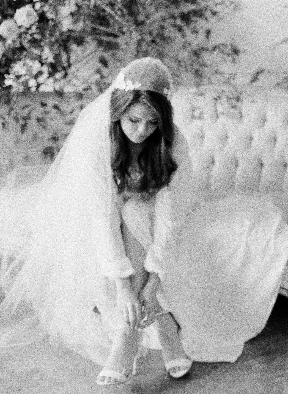 JennySoiPhotography-BridalBoudoireditorial-151.jpg