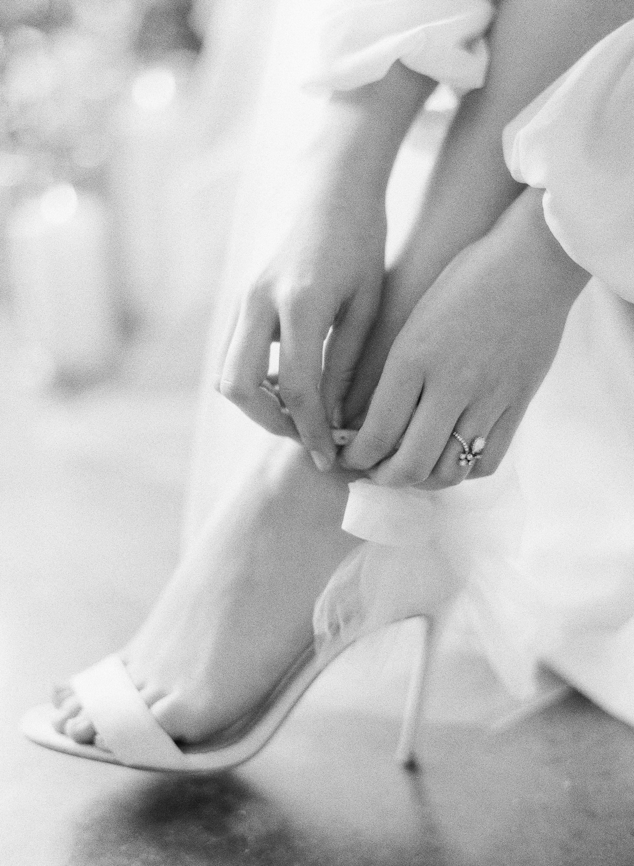 JennySoiPhotography-BridalBoudoireditorial-153.jpg