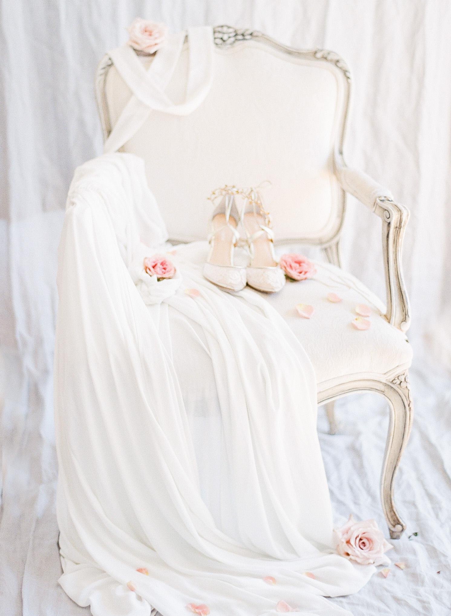 JennySoiPhotography-BridalBoudoireditorial-105.jpg