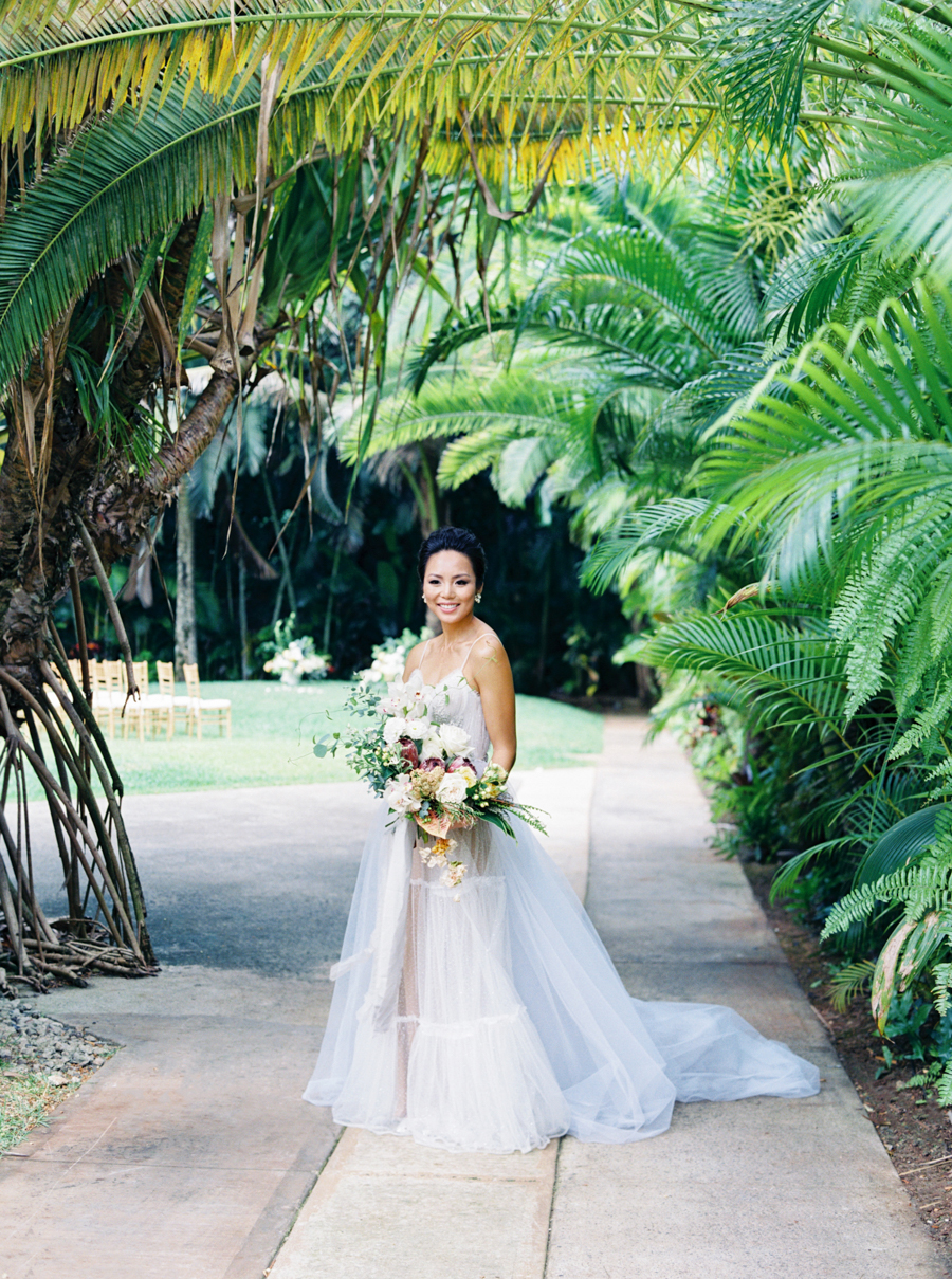 trynhphoto-stylemepretty-hawaii-wedding-photographer-honolulu-oahu-maui-44.jpg
