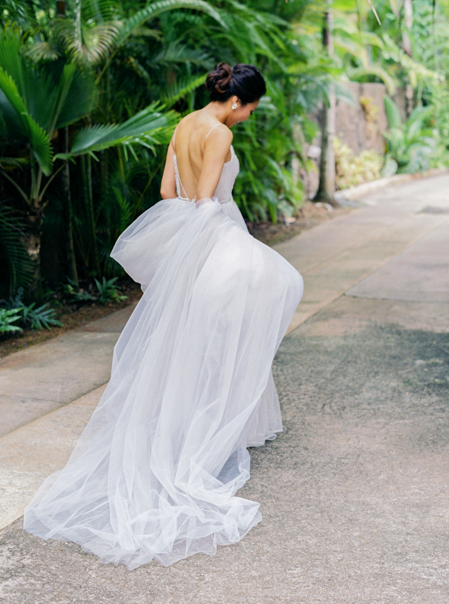 trynhphoto-stylemepretty-hawaii-wedding-photographer-honolulu-oahu-maui-63.jpg