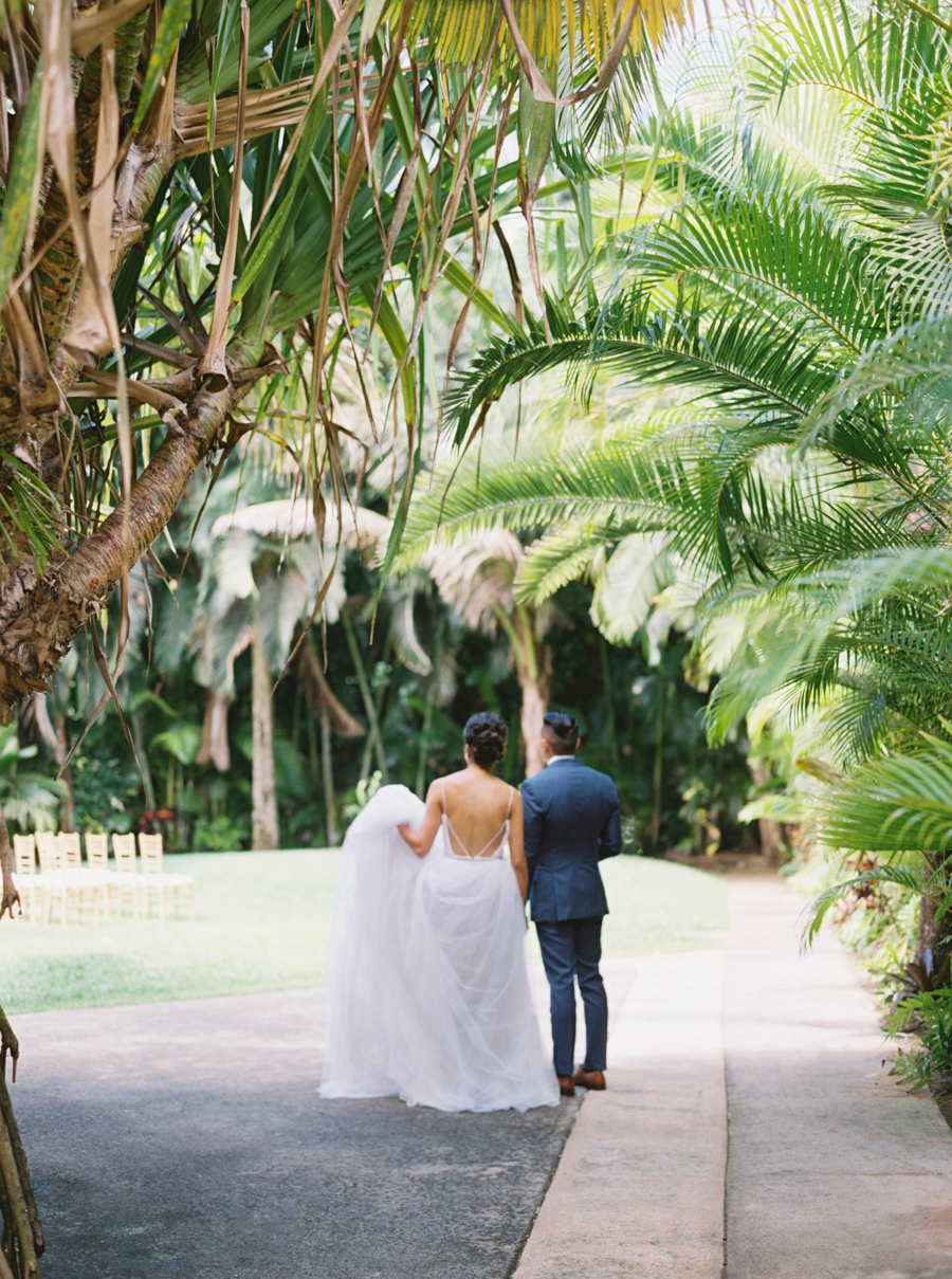 trynhphoto-stylemepretty-hawaii-wedding-photographer-honolulu-oahu-maui-66.jpg