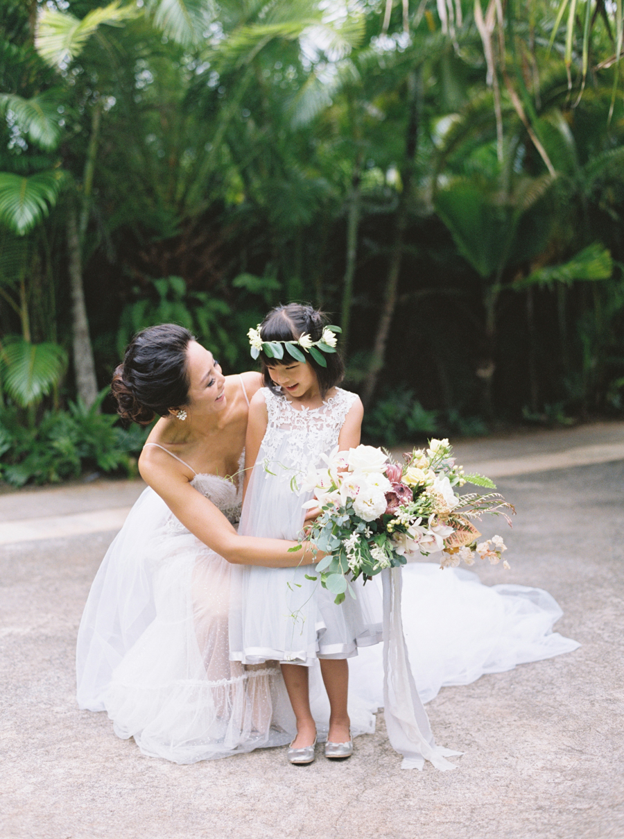 trynhphoto-stylemepretty-hawaii-wedding-photographer-honolulu-oahu-maui-71.jpg