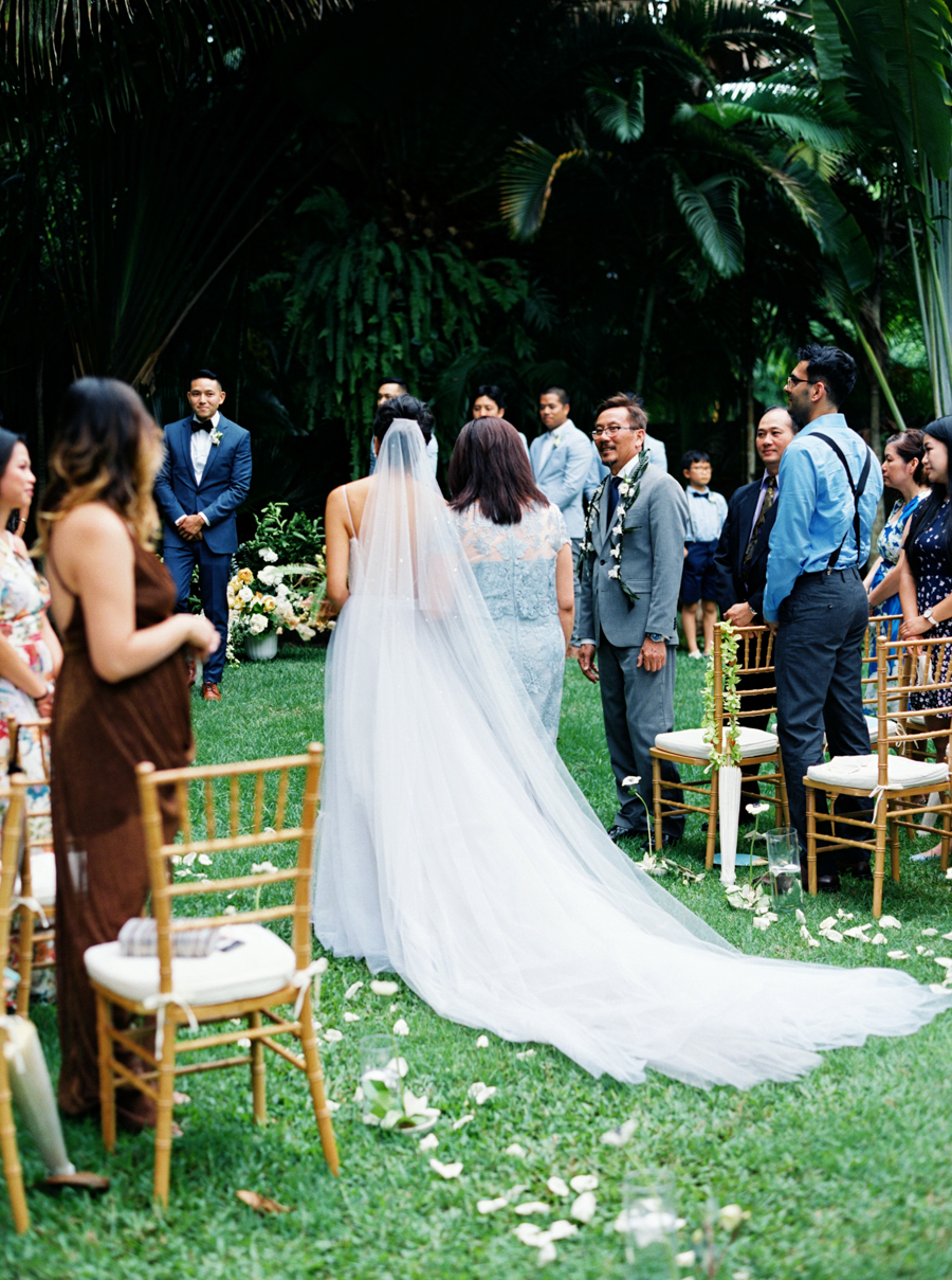 trynhphoto-stylemepretty-hawaii-wedding-photographer-honolulu-oahu-maui-81.jpg