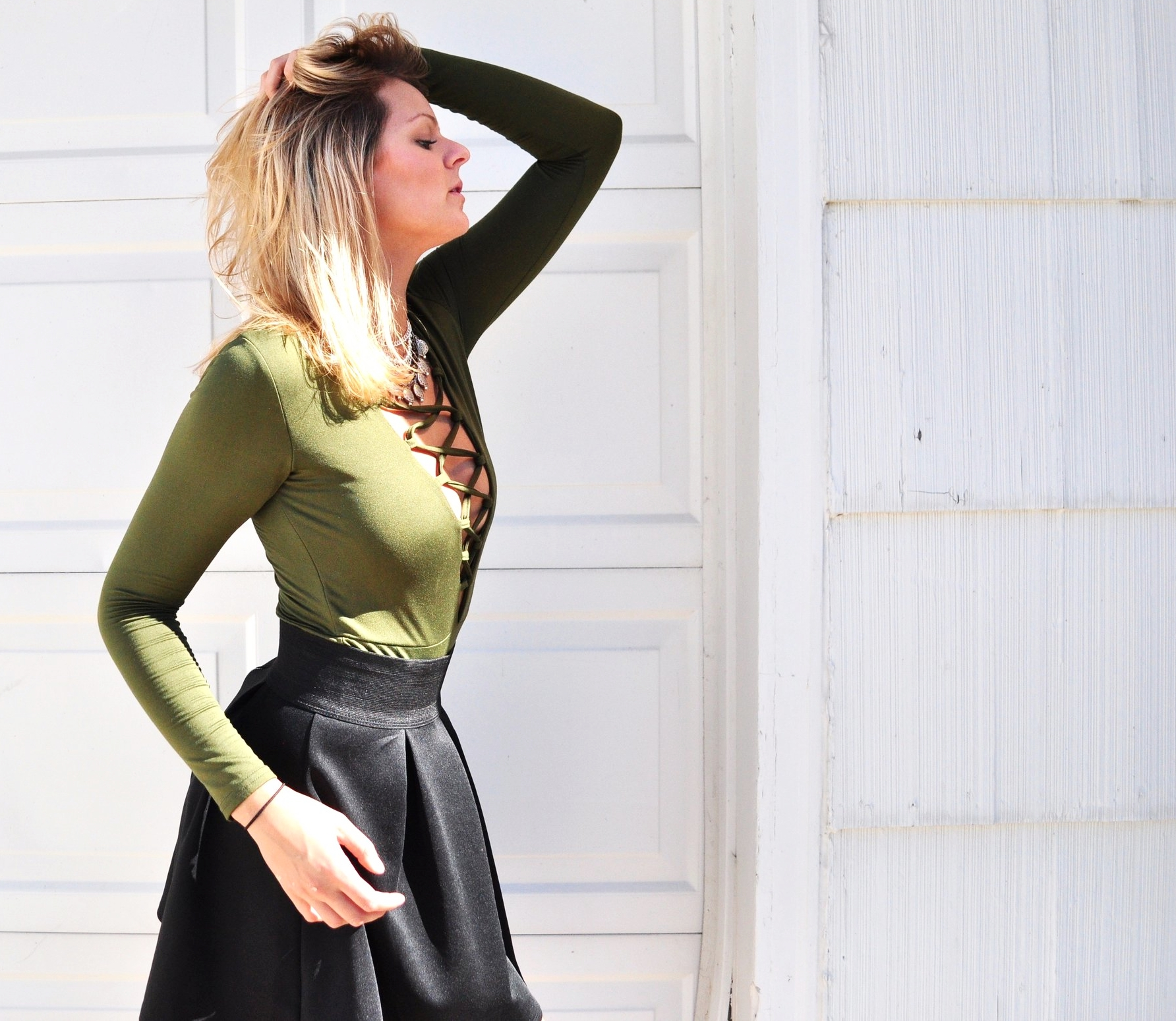 queen city, queen city gypsy, indie twenty, silver sun, indie jewelry, buffalo local made jewelry, green lace up bodysuit, lace up bodysuit, sexy bodysuit, blonde in buffalo, blonde hair blogger, buffalo blogging network, buffalo blogger