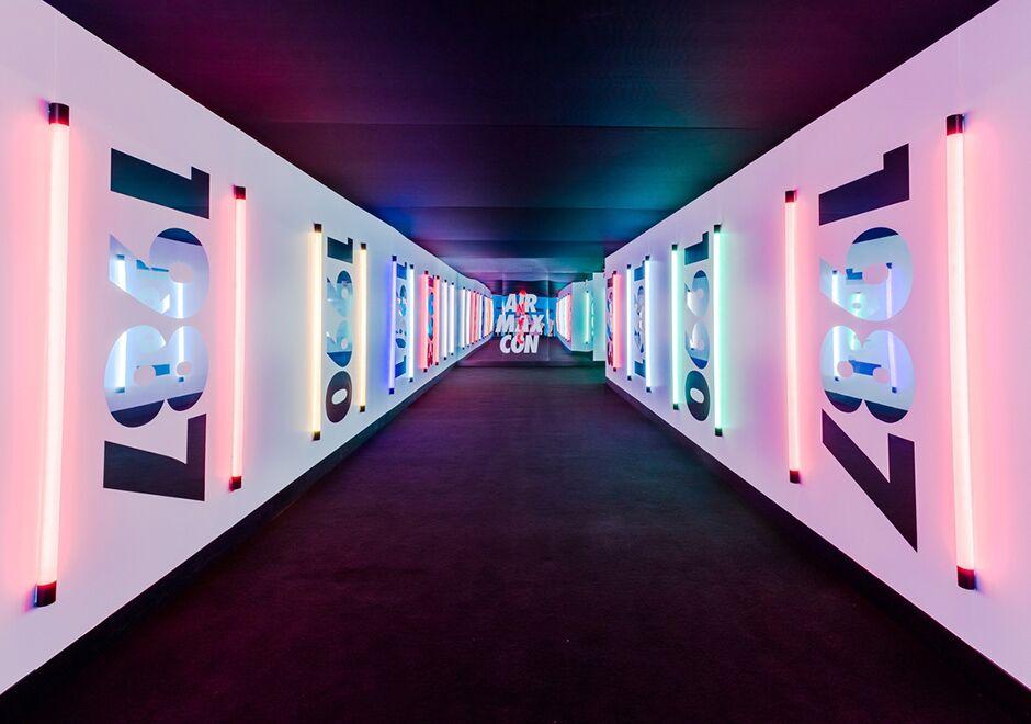 Nike Air Max Con  — Skylight Clarkson Sq