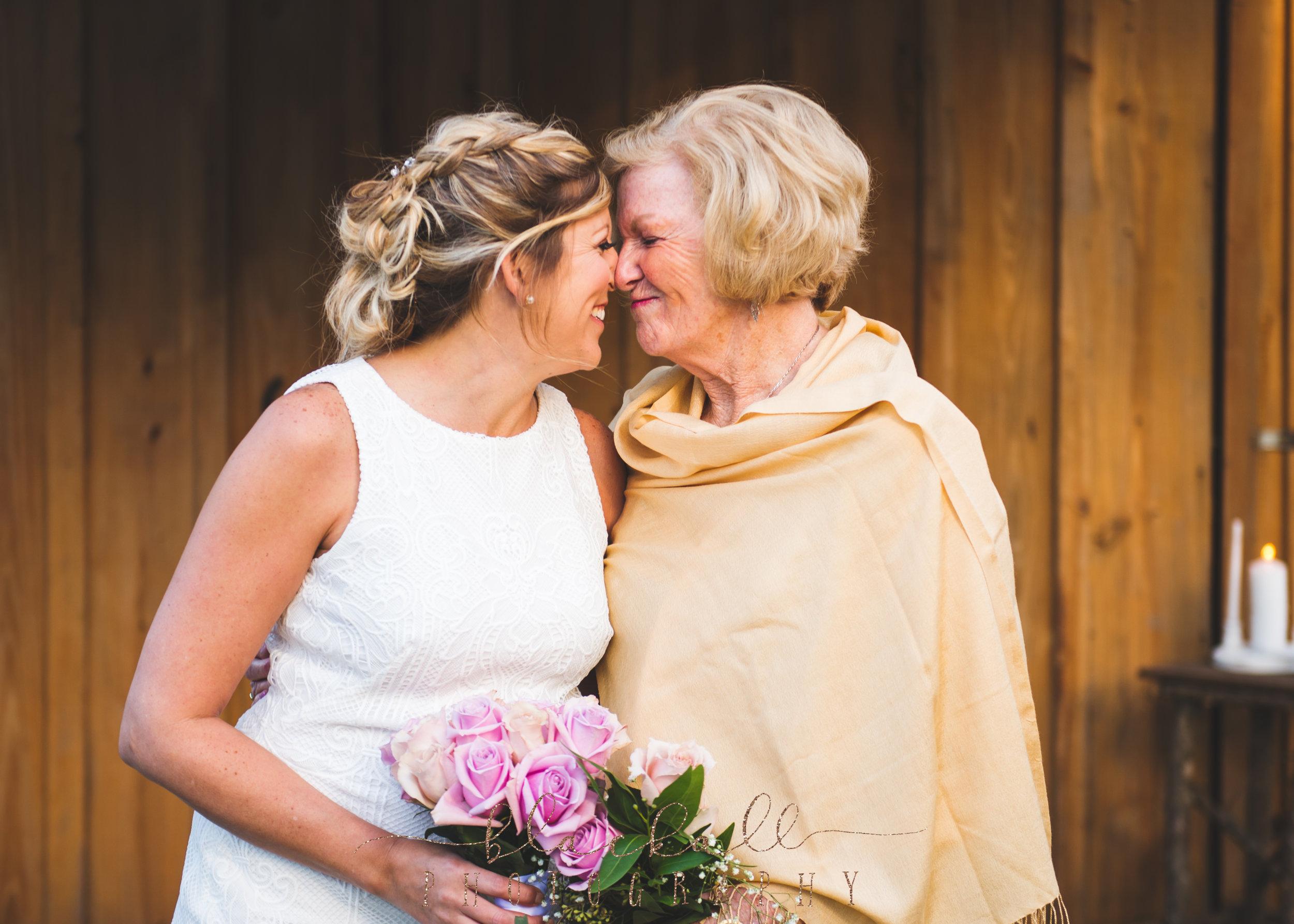 The bride + her beautiful mum.