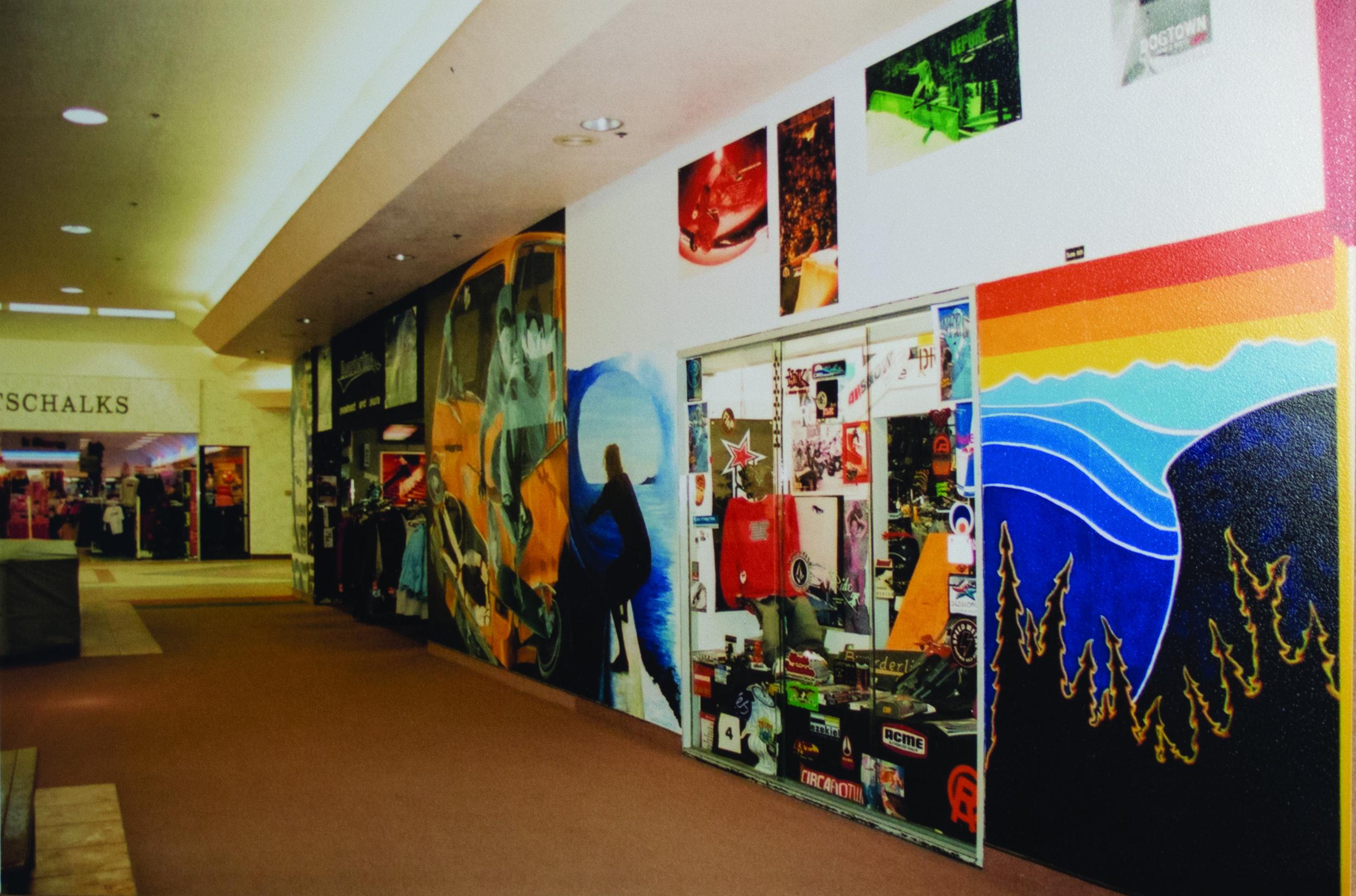 Boarderline Dimond Center.jpg