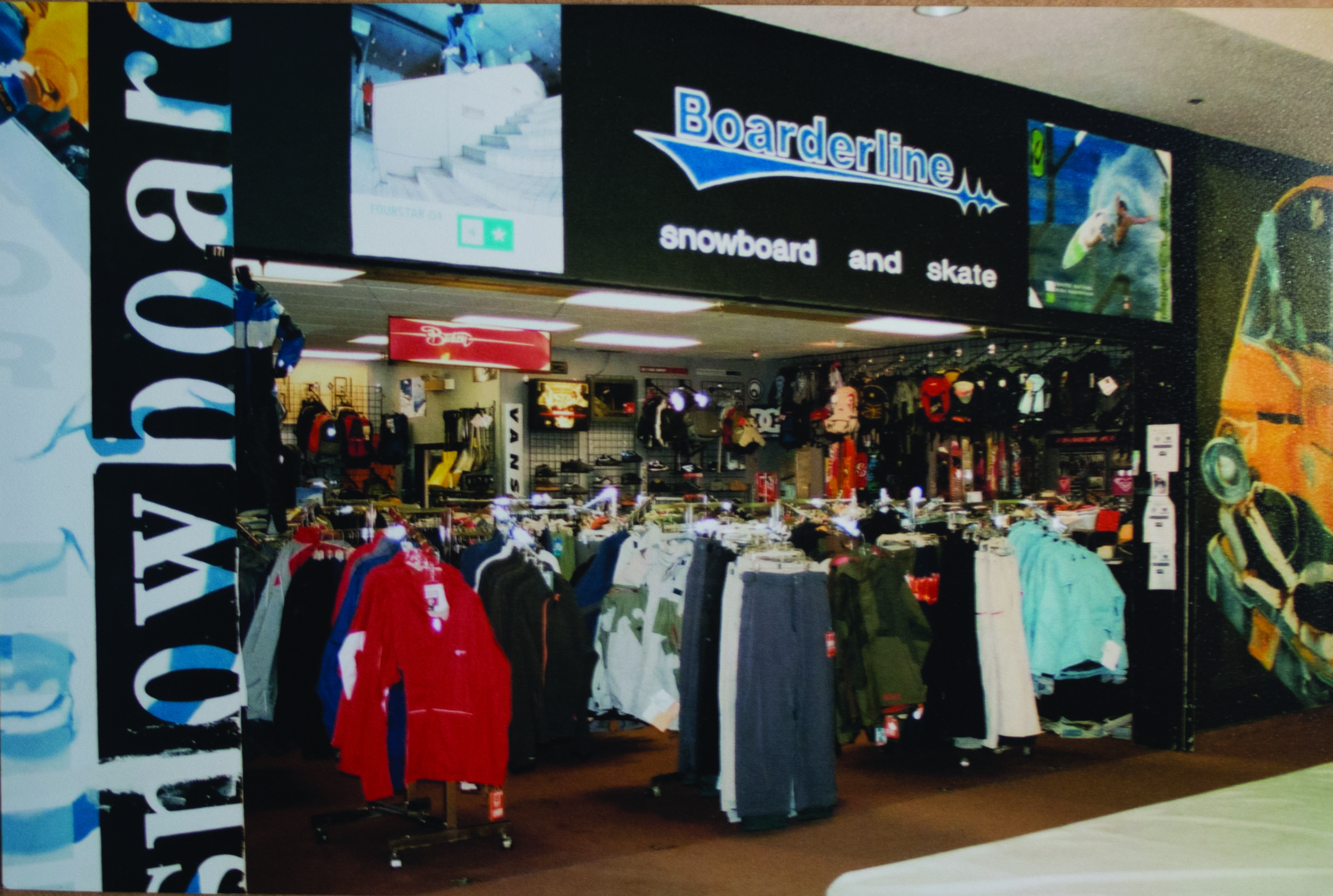 Boarderline Dimond Center2.jpg