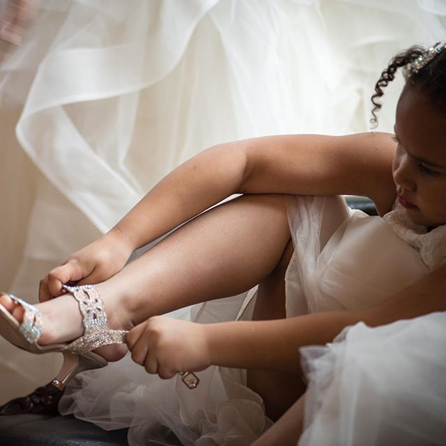 Chiffon and high-heels, a 5 year old's dream. #flowergirl #allgrownup #sparkles #chiffon #weddingphotography #highheels