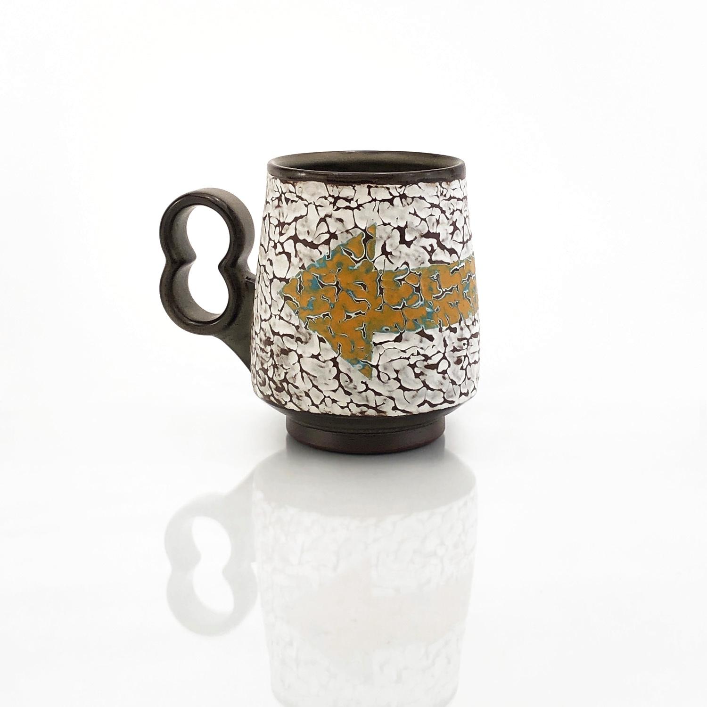 "Textured ""Left"" mug"
