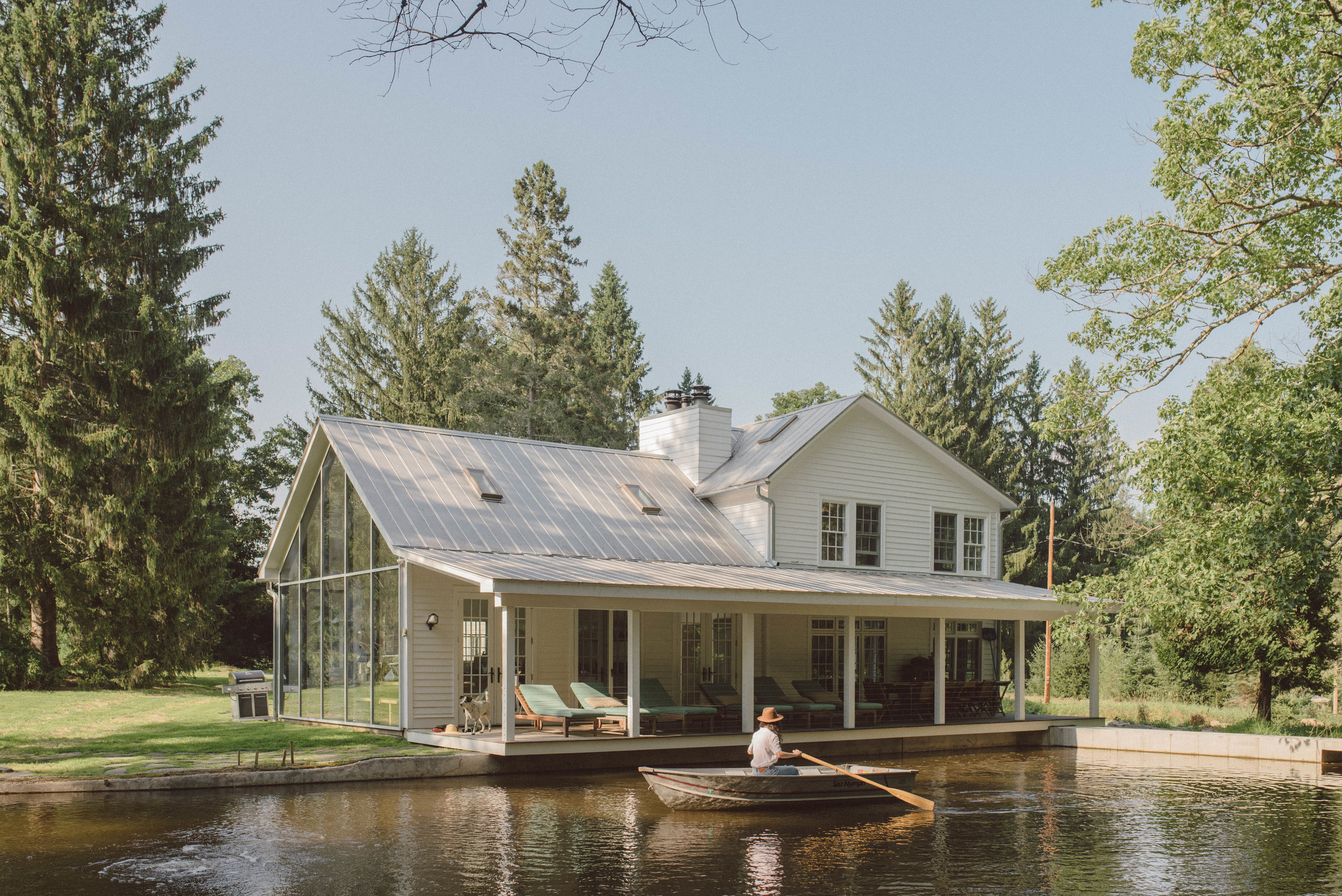 Floating-farmhouse-2018-summer-content-lifestyle-REV1-0071.jpg