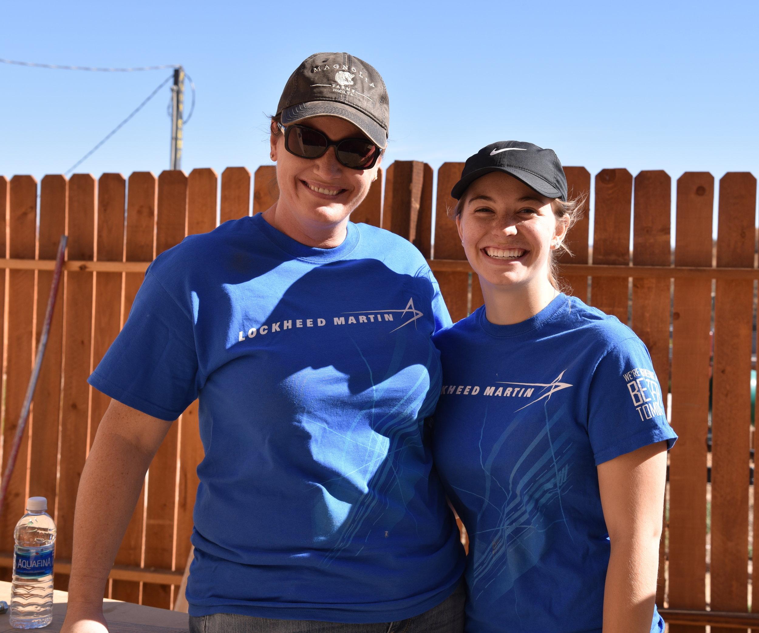 Veterans-Mom&Daughter-Lockheed-AV.JPG