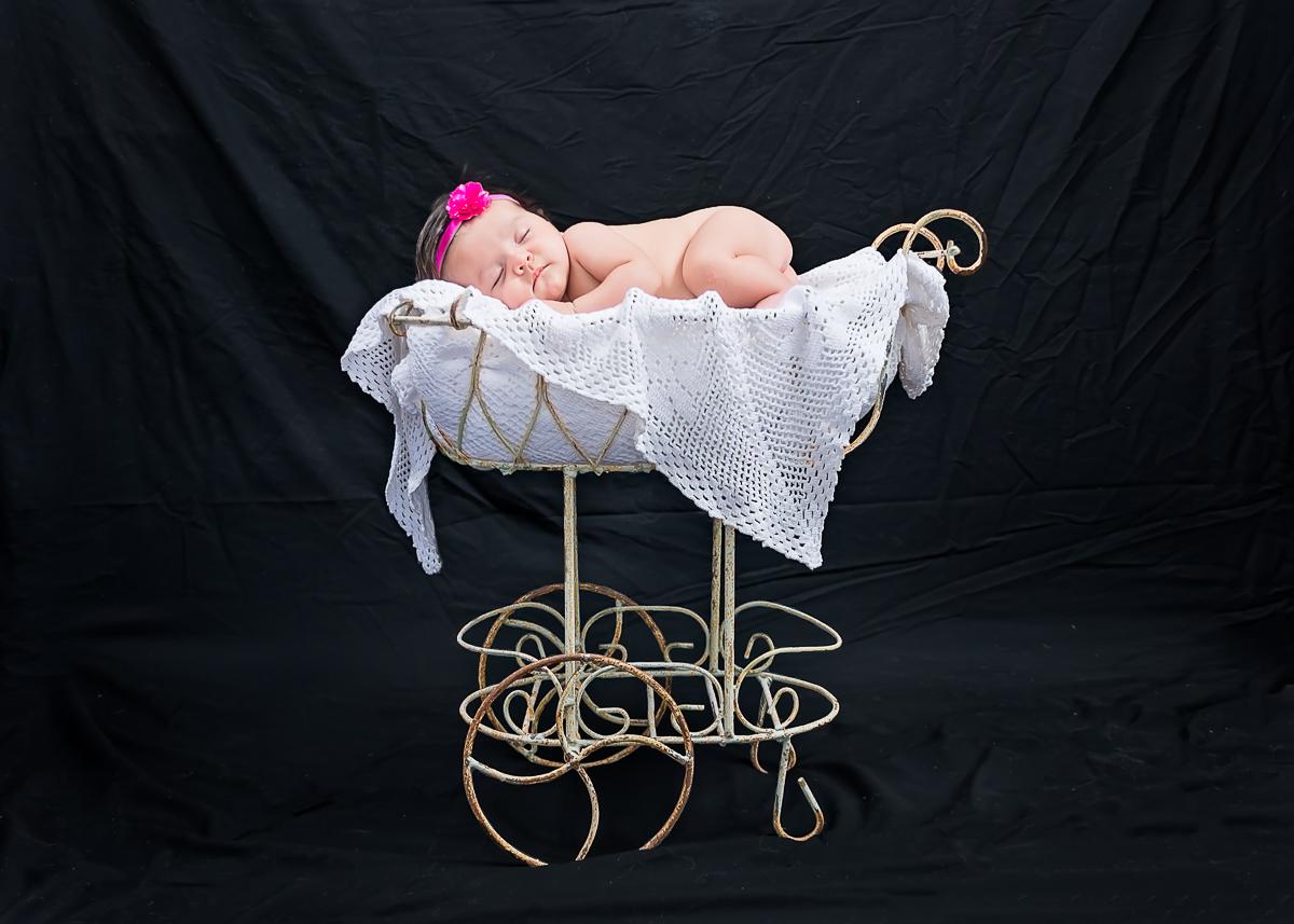 © Nicole Bradshaw Photography 2018; MaKayla's Newborn Session- Los Lunas, New Mexico; Newborn Photographer, Albuquerque Newborn Photographer, Santa Fe Newborn Photographer, Taos Photographer, Ruidoso Photographer